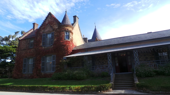 Overnewton Castle, Keilor